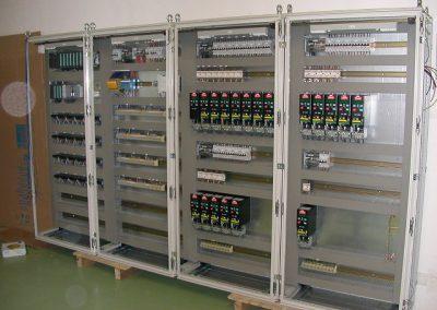 Armoire electrique en fabrication |FAECE